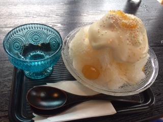 す   ここは さわやかな柚子のフレッシュ果汁を使った こだわりのかき氷です   10月までやっています スタンプラリーにチャレンジしてみてはいかがですか