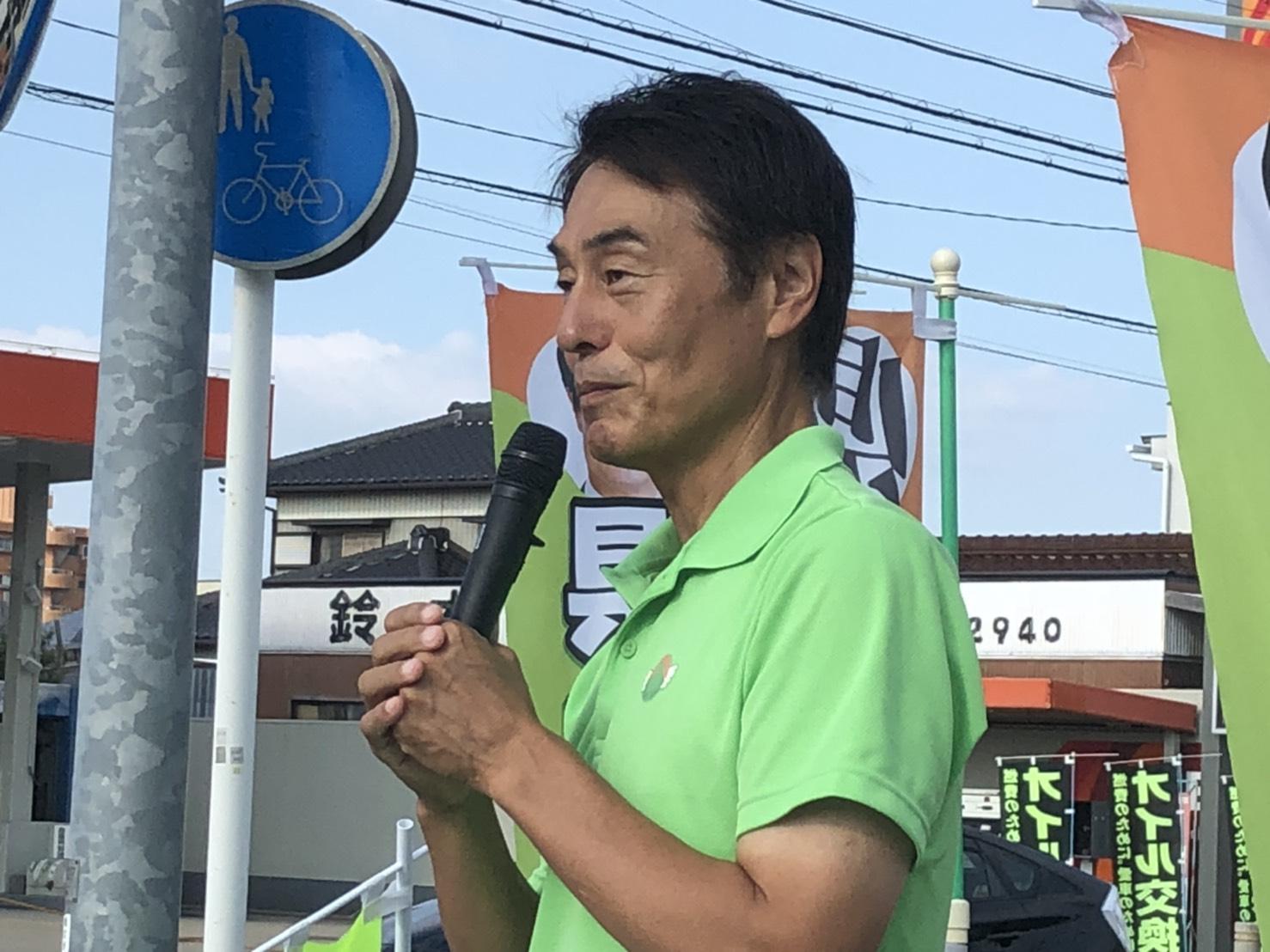 週も各所で県政報告を続けています   岡崎市 幸田町の公立小中学校の普通教室のエアコン設置 あいちサラダめしプロジェクト 竜の子街道などを報告しました